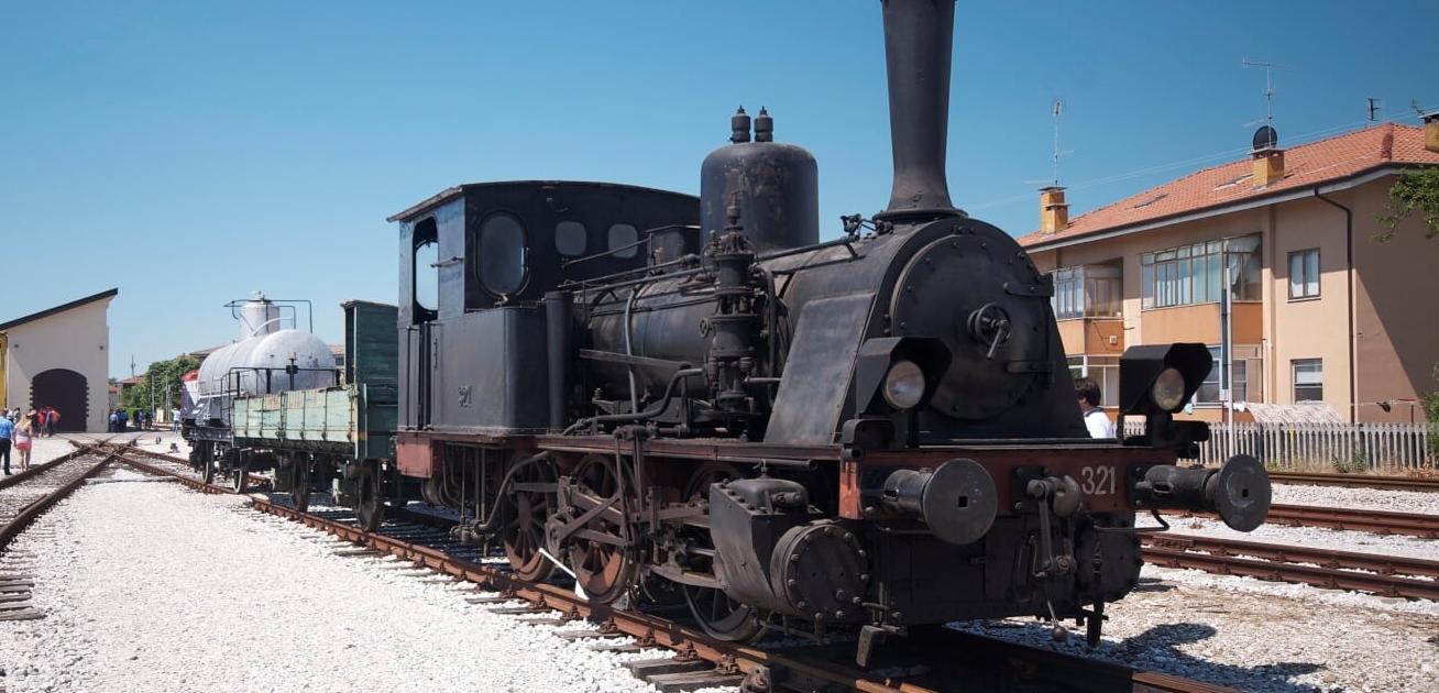 locomotiva Henschel T3 esposta a Udine